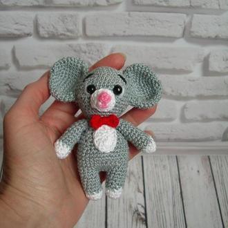🍓 Мышонок вязаный крючком. Мышь игрушка детская. Миниатюрная мышка -брелок на сумку, ключи, рюкзак.