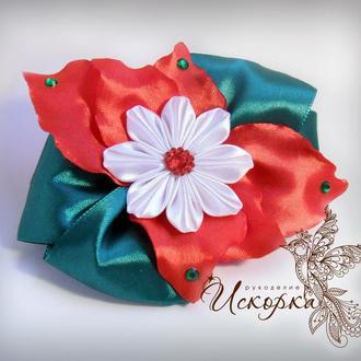 Заколка-зажим с нежным цветком