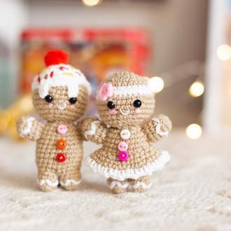 Пара пряничных человечков мальчик и девочка ,игрушки на елку, новогодний декор, амигуруми