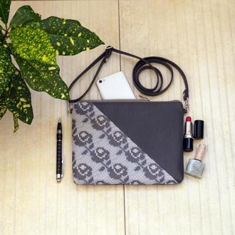 Серый клатч с  вышивкой розами, Эко кожа, Маленькая сумка через плечо