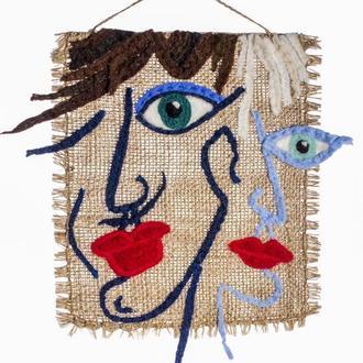 Панно из валяной шерсти на мешковине ′Влюблённые′