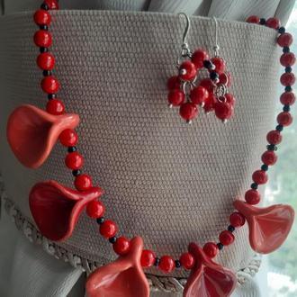 Красный комплект украшений из керамики, серьги с серебрянными швензами