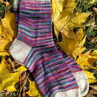 Вязаные теплые носки из специальной носочной пряжи