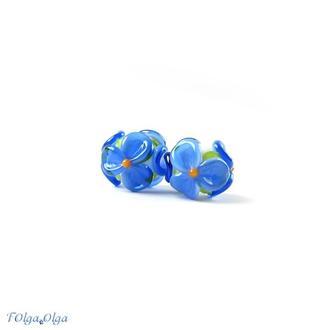 Цветы синие на белом (бусины лэмпворк пара)