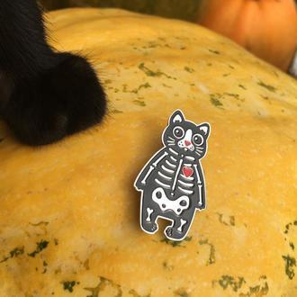 Чёрный кот Металлический значок котик в костюме скелета Halloween pin