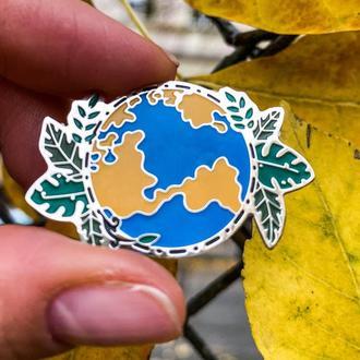 Значок планета земля металлический пин брошка на одежду