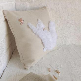 Интерьерная подушка с мехом