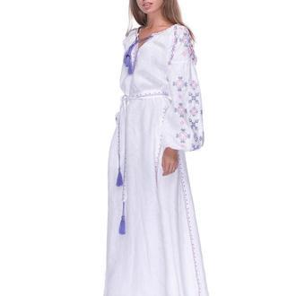 Длинное платье с вышивкой, лен