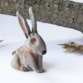 Зайчик фігурка у вигляді зайця