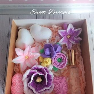 """Подарочный набор из мыла """"Blooming Bouquet"""""""