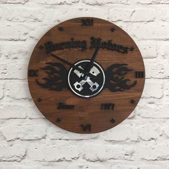 Деревянные настенные часы Burning Motors
