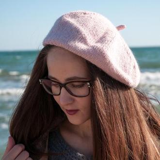 Пудрово-розовый женский берет из шерсти альпака