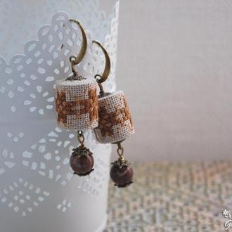 Серьги с яшмой и вышивкой в стиле ′бохо′