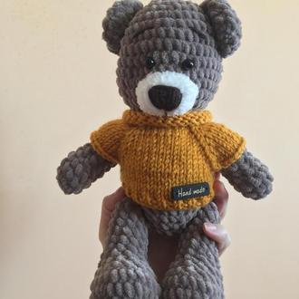 Вязаный плюшевый мишка Тедди