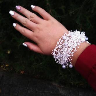 Белый браслет из чешкого бисера Купить красиый браслет Белое украшение