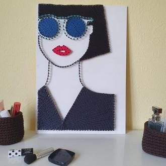 """Картина в стиле string art """"Модная девушка"""""""