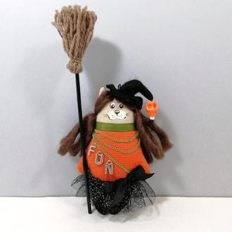 Кошка ведьмочка Фанни Оранжевый котик декор хеллоуин Карманный котенок волшебница