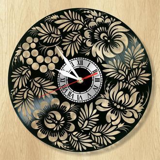 """Виниловые настенные часы """"Петриковская роспись"""" - прекрасный подарок для себя и своих близких."""