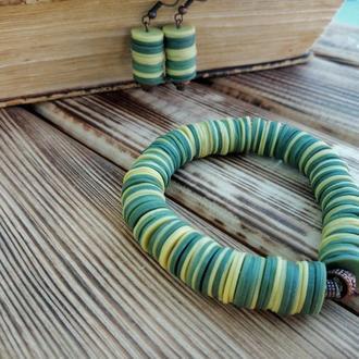 Комплект украшений из браслета и серёжек