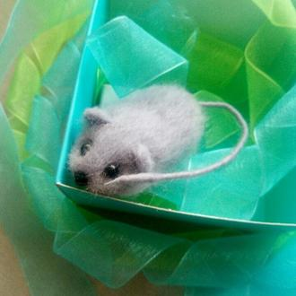 Валяная войлочная брошь мышонок мышь мышка символ 2020 года новогодний подарок рождество