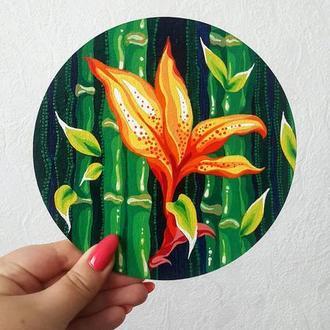Цветок среди бамбука, картина-миниатюра акрилом