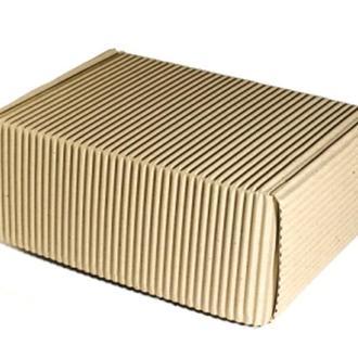 Средняя коробка из двухслойного гофрокартона 24х17х10 см