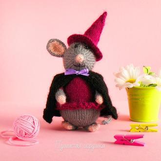 мышка - ведьмочка