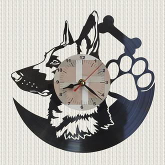 часы собака овчарка