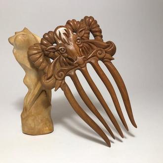 Гребень деревянный для волос Бык