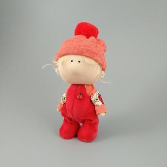 Малыш в красном