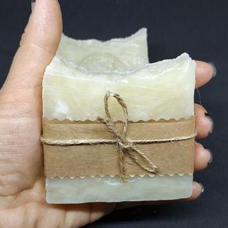 Натуральное мужское лаврово-ментоловое мыло.
