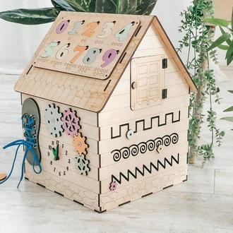 Дом - бізіборд