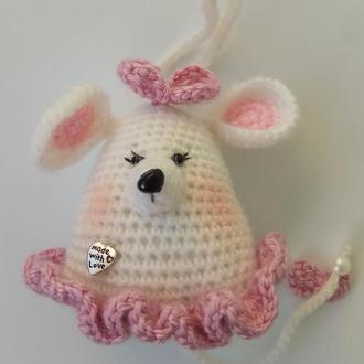 Мышь-подвеска  белая с сердечком