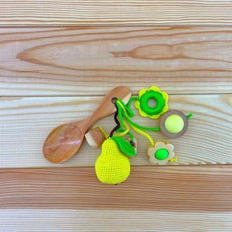 Грызунок-ложка из можжевельника (погремушка) - груша