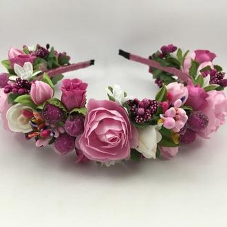 Венок на голову с розовыми розочками