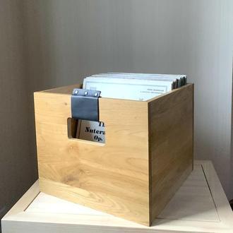 Деревянный ящик для пластинок. Хранение винила.