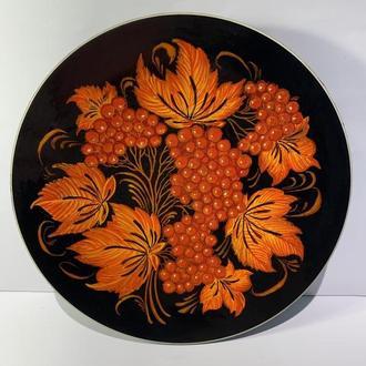 Тарелка деревянная расписная ′Калина′