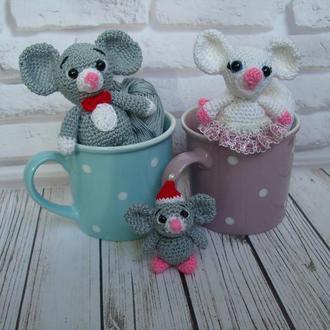 🍓 Мышки вязаные-игрушки семья.ышата - брелки на сумку,рюкзак,ключи. Мышь детская маленькая игрушка