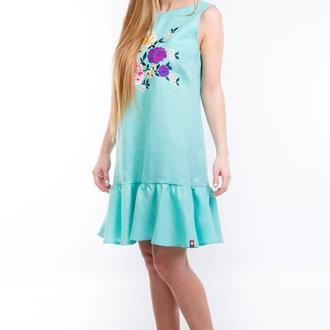 Вишита лляна сукня