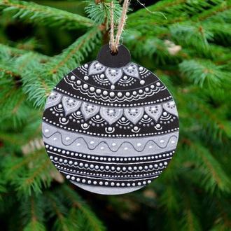 Дерев′яна ялинкова прикраса з розписом Елочное украшение