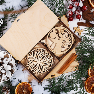 Набор новогодних игрушек из дерева на ёлку (12шт.)