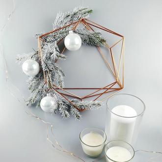 Рожденственский венок в скандинавском стиле, геометрический декор