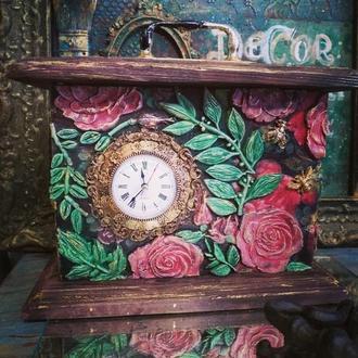 """Часы """"Розовый мёд"""""""