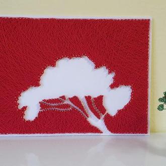 """Картина из ниток и гвоздей """" Дерево красное"""""""