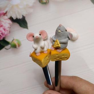 Ложка с декором мышка