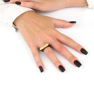 Деревянное кольцо с натуральным янтарем