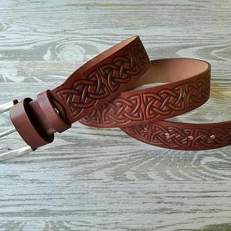Кожаный ремень светло-коричневый кельтский узел