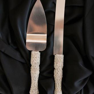 Набор приборов для свадебного торта в серебряном цвете Бриллиантовые переливы