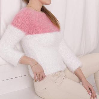 Теплый пушистый кроп свитер бело-розового цвета 100% hand made зимний уютный свитер xs/s