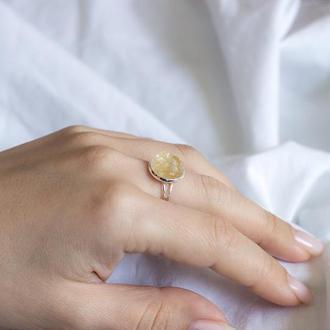 Перстень з цитрином на тонкій основі